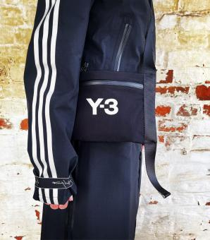 Y-3 YOHJI YAMAMOTO Tasche Y-3 CH3 SACHOCHE